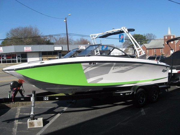 New Tige R22 Ski and Wakeboard Boat For Sale