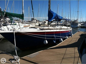 Used Ericson Yachts 39 Sloop Sailboat For Sale