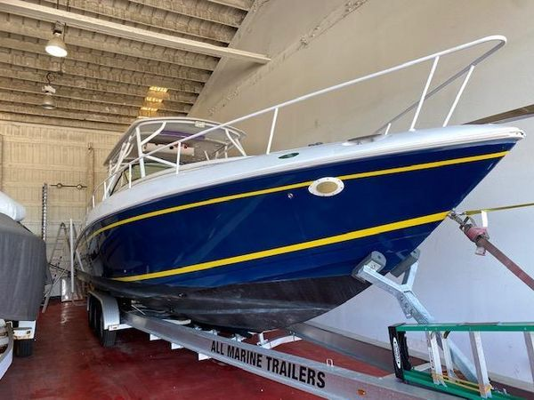 Used Donzi 38 ZSF Center Console Boat For Sale