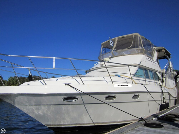 Used Cruisers Yachts 3950 Esprit Aft Cabin Aft Cabin Boat For Sale
