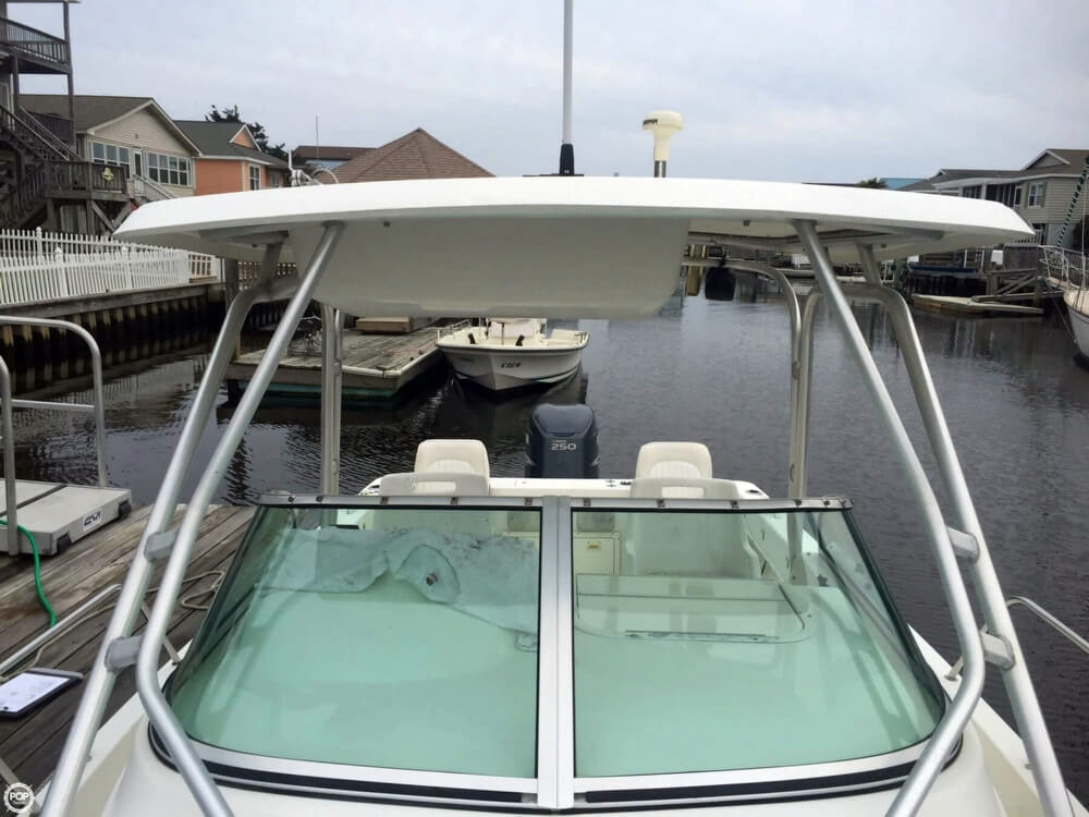 2004 used hydra sports 230 wa walkaround fishing boat for for Used fishing boats for sale in eastern nc