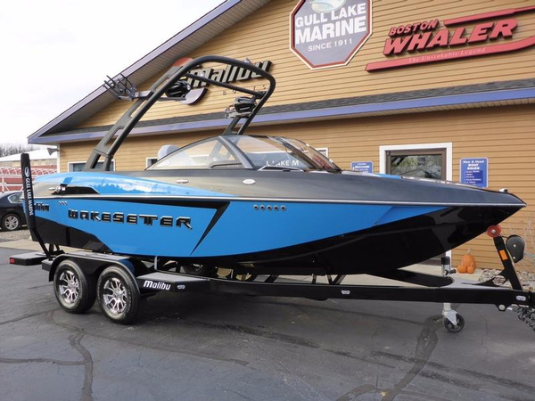 New Malibu Boats 20 VTX Ski and Wakeboard Boat For Sale