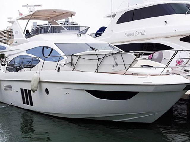 2012 Used Azimut 53 Flybridge Motor Yacht For Sale