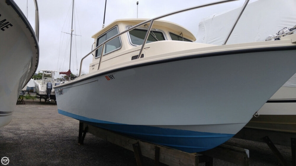 Used Parker Marine 2120 Walkaround Pilothouse Boat For Sale