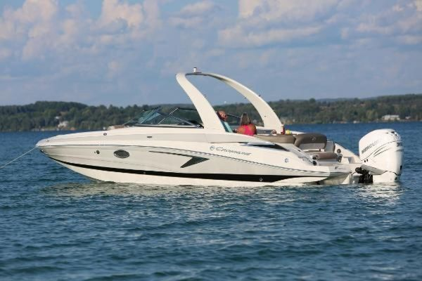 New Crownline E 285 XS Bowrider Boat For Sale