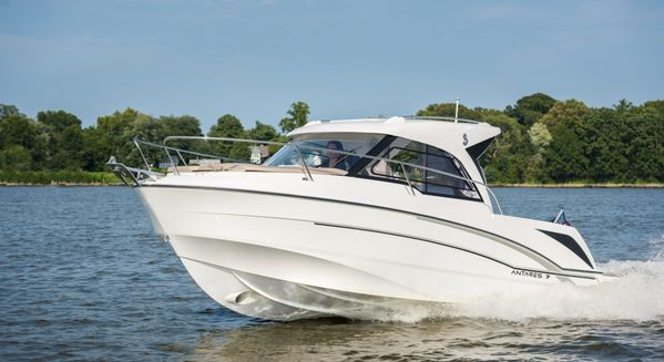 New Beneteau America Antares 7 Cruiser Boat For Sale