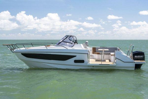 New Beneteau America Flyer 9 SunDeck Bowrider Boat For Sale