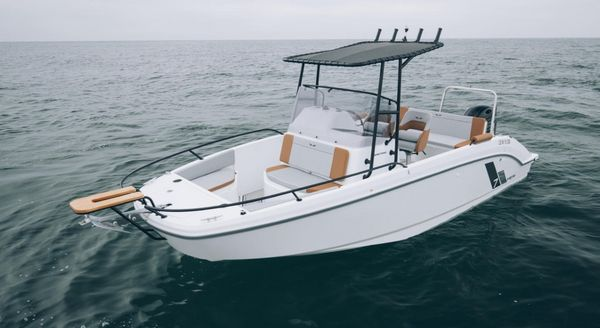 New Beneteau America Flyer 7 Spacedeck Bowrider Boat For Sale
