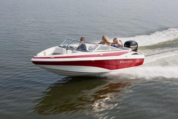 New Crownline 19 XS Cruiser Boat For Sale