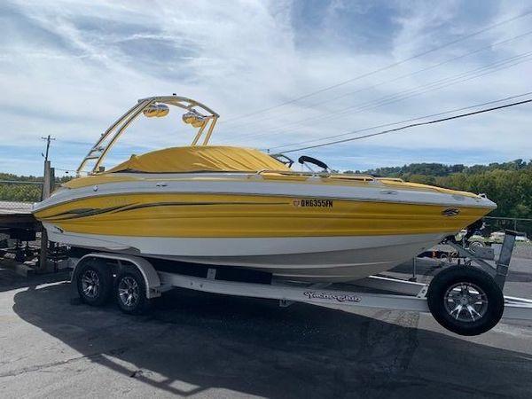Used Azure AZ238 Deck Boat For Sale