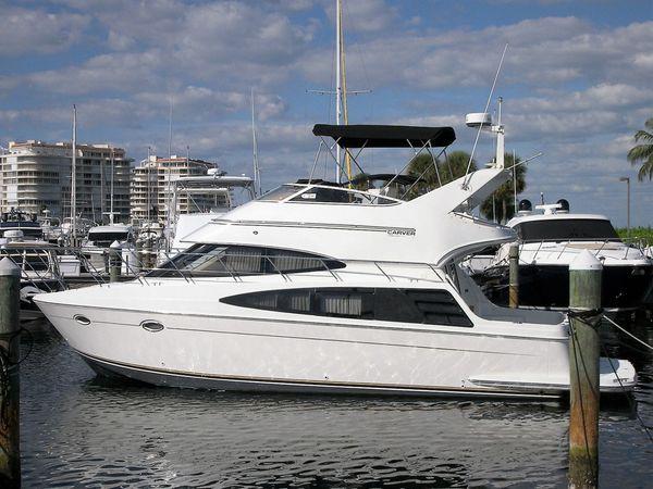 Used Carver 36 Sport Sedan Motor Yacht For Sale