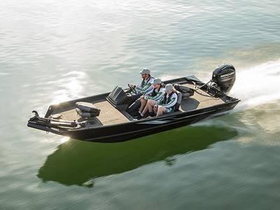 New Crestliner 1700 Ridge Ski and Fish Boat For Sale