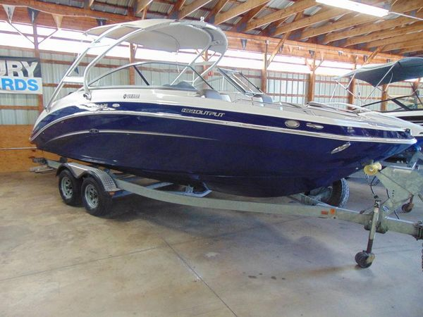 New Yamaha Boats 242 Limited S With Galvanized Trailer Other Boat For Sale