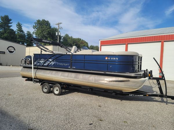 Used Starcraft SLS3 Pontoon Boat For Sale