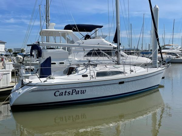 Used Catalina 309 with Generator Cruiser Sailboat For Sale