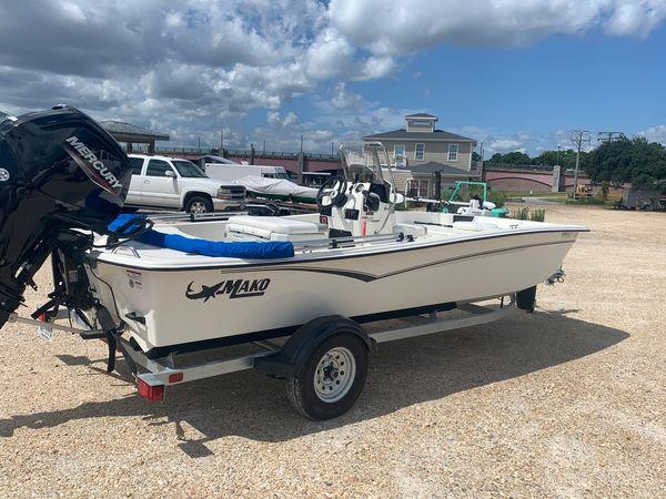Used Mako Pro Skiff 17 CC Skiff Fishing Boat For Sale