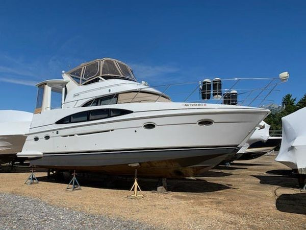 Used Carver 396 Motor Yacht Express Cruiser Boat For Sale