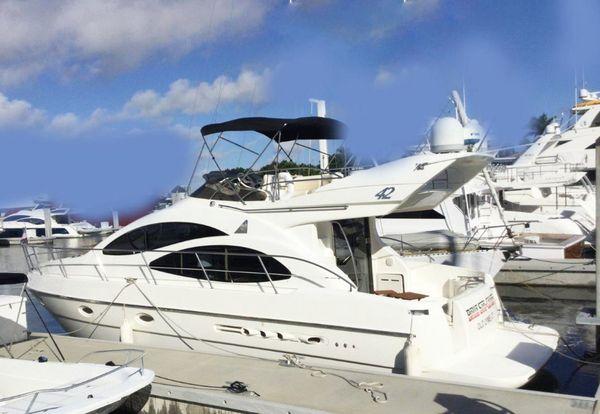 Used Azimut 42 Flybridge Boat For Sale