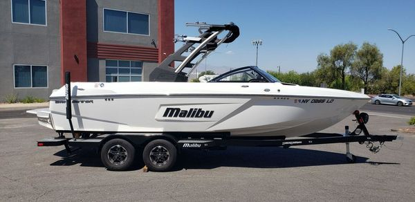 Used Malibu Wakesetter Lsv 23 High Performance Boat For Sale