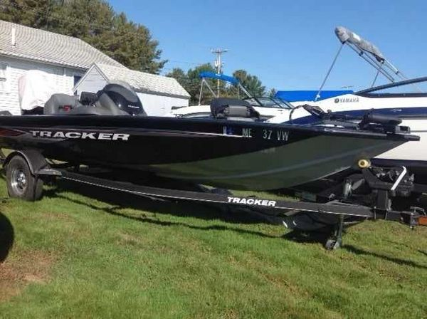 Used Tracker Pro Team 175 TXW Ski and Fish Boat For Sale