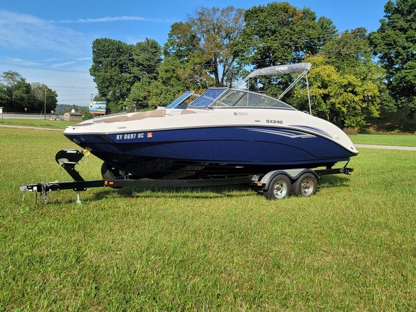 Used Yamaha Boats SX240 HO Runabout Boat For Sale