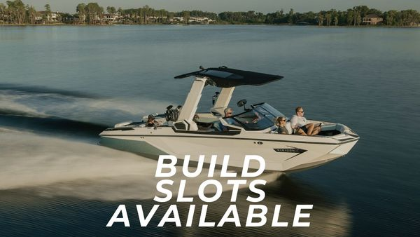 New Nautique Paragon 25 Build Slot Ski and Wakeboard Boat For Sale