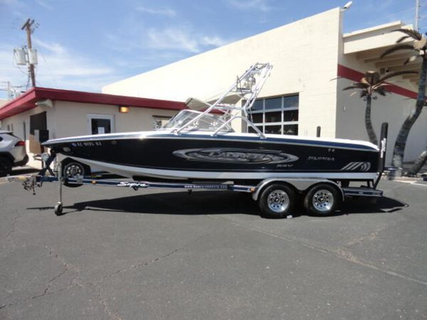 Used Supra Launch SSX Bowrider Boat For Sale