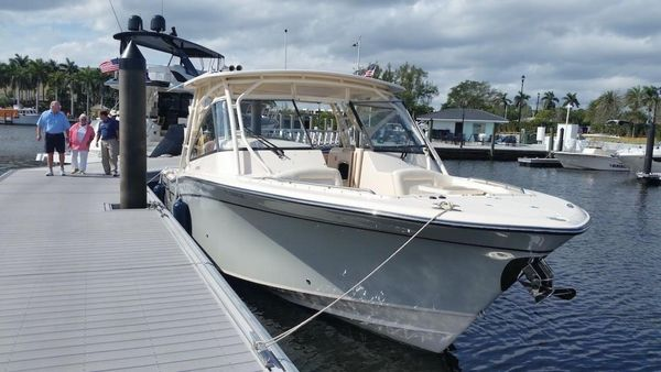 Used Grady-White 335 Freedom Dual Console Boat For Sale