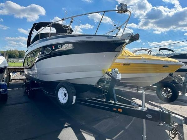Used Crownline 264 CR Power Cruiser Boat For Sale