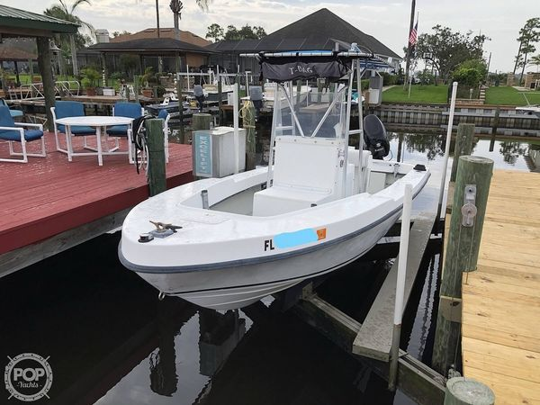Used Dusky Marine 19 Center Console Fishing Boat For Sale