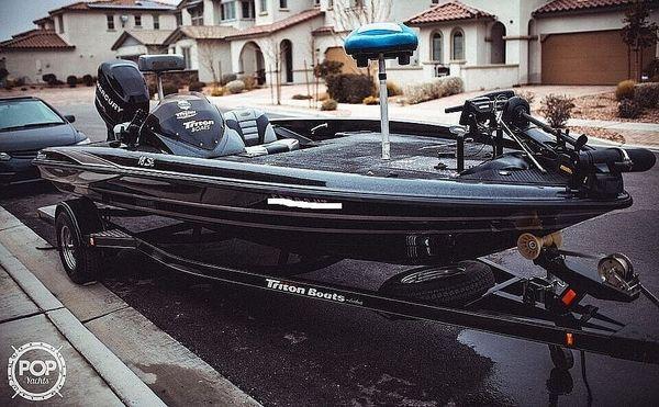 Used Triton 18SE Bass Boat For Sale