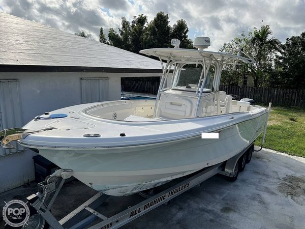 Used Robalo R300 CC Center Console Fishing Boat For Sale