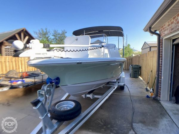 Used Sea Hunt BX 22 BR Bay Boat For Sale