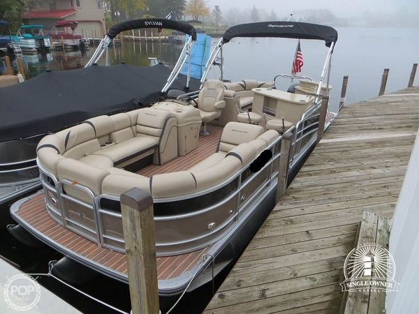 Used Berkshire 25E STS Pontoon Boat For Sale