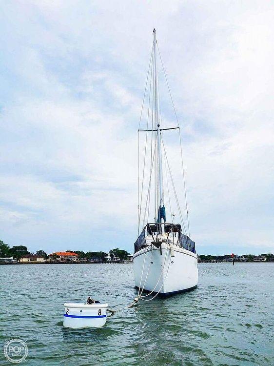 Used Coronado 35 Racer and Cruiser Sailboat For Sale