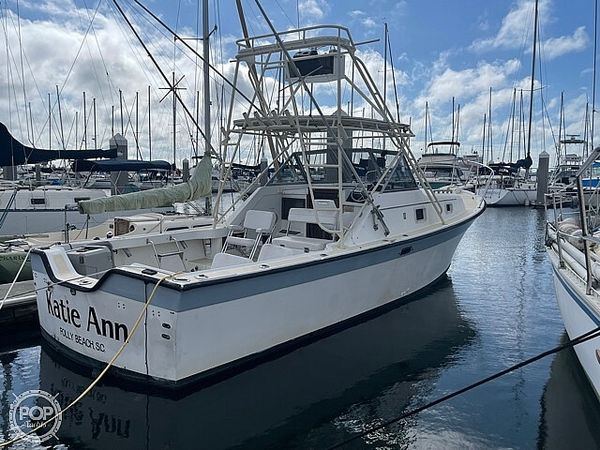 Used Luhrs 30' Alura Sports Fishing Boat For Sale