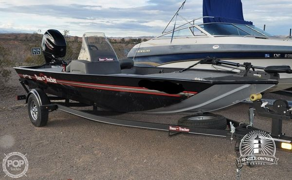Used Tracker Classic XL Aluminum Fishing Boat For Sale