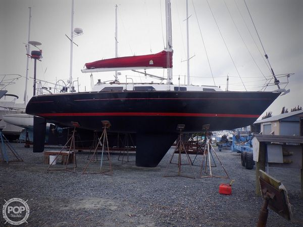 Used Pearson 37 Racer and Cruiser Sailboat For Sale