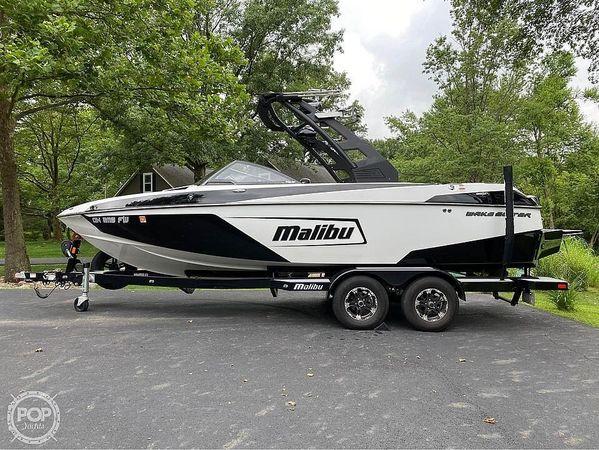 Used Malibu 22 LSV Ski and Wakeboard Boat For Sale