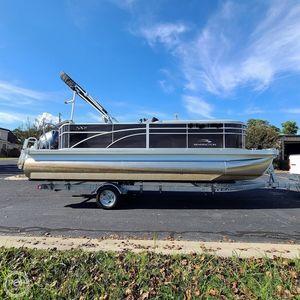 Used Bennington 21SLX Pontoon Boat For Sale