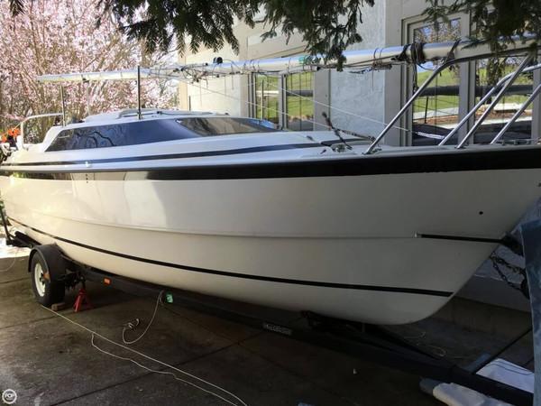 Used Macgregor 26 Motorsailer Sailboat For Sale
