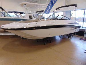 New Hurricane 217 Sun Deck OB Deck Boat For Sale