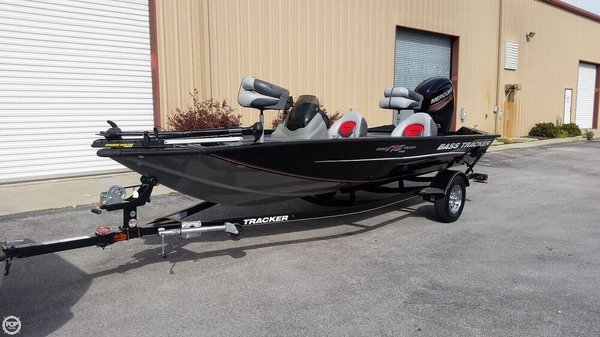 Used Bass Tracker Pro 175 TXW Bass Boat For Sale