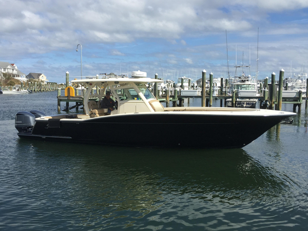 Used Scout Boats 345 XSF Center Console Fishing Boat For Sale