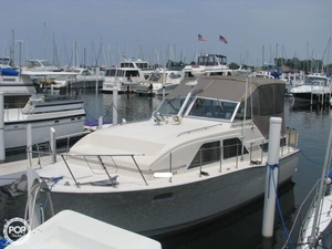 Used Chris-Craft 350 Catalina Cabin Cruiser Express Cruiser Boat For Sale