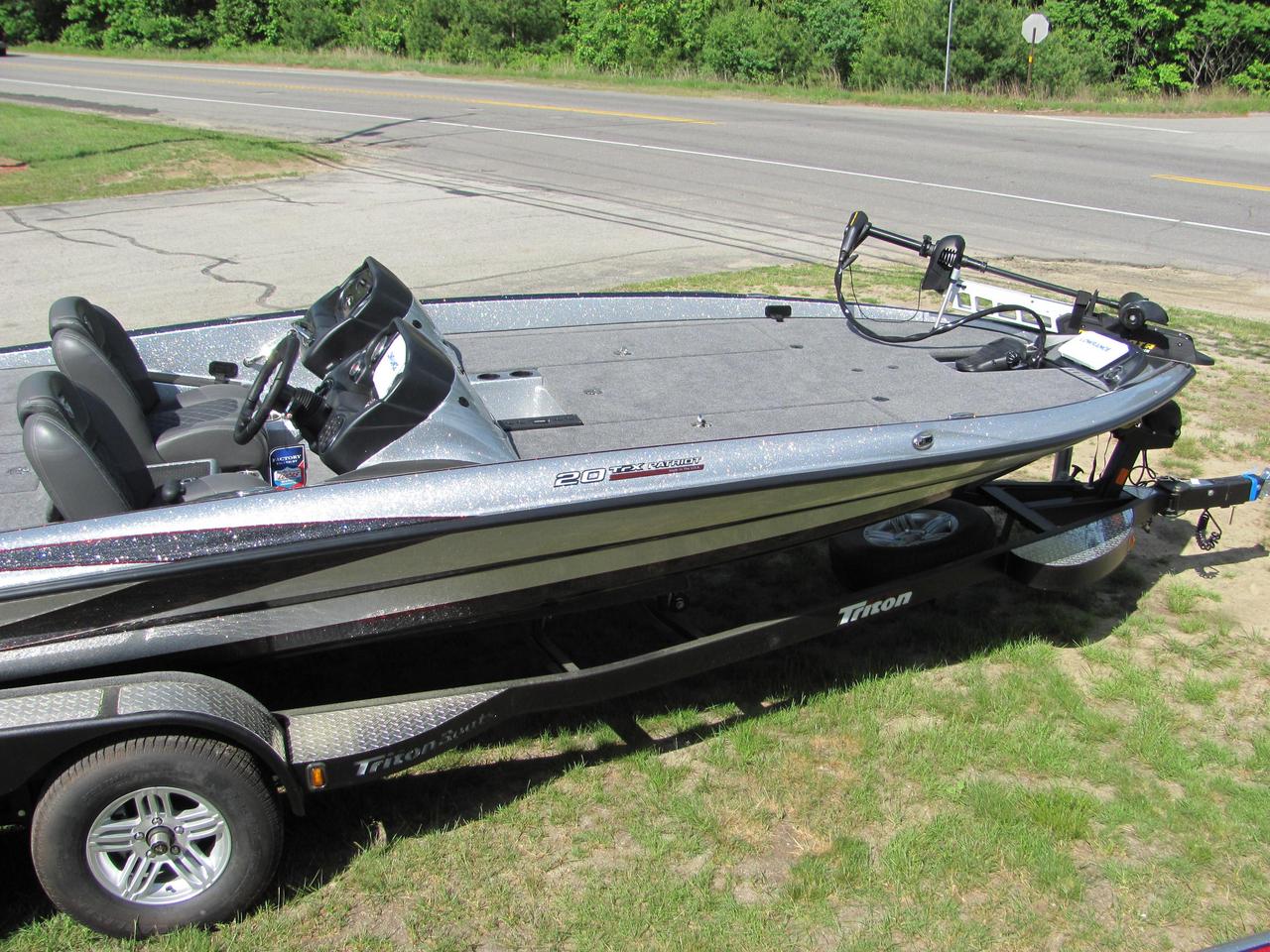 2016 new triton 20 trx patriot freshwater fishing boat for for Freshwater fishing boats