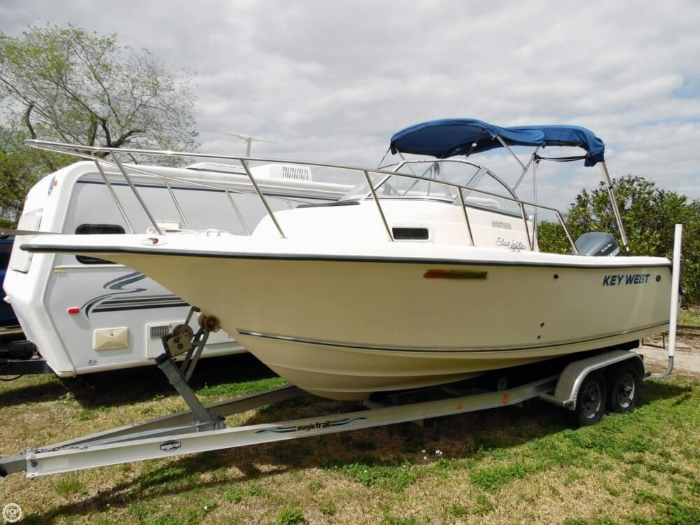 2004 used key west 225wa walkaround fishing boat for sale for Used fishing boats