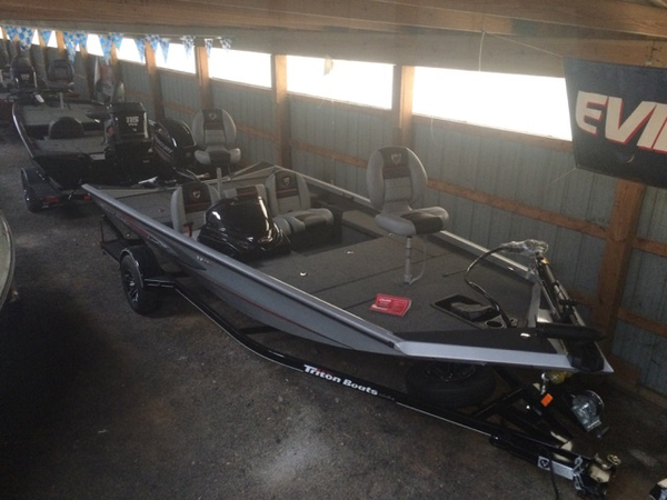 New Triton Boats 17 TX Sports Fishing Boat For Sale