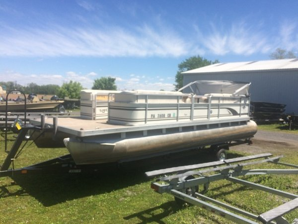 Used Harris 240 SL-SK Pontoon Boat For Sale