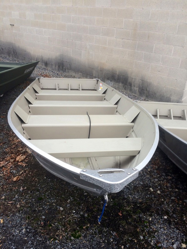New Lowe V1457 Sports Fishing Boat For Sale